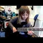Awesome Talents Kids: Young girl with unreal guitar skills (Zoe Thomson)