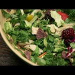 How To Make A Salad That Doesn't Suck