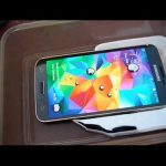Samsung Galaxy S5 in Liquid Mercury Test
