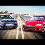 2015 Dodge Charger SRT Hellcat vs. 2015 Tesla Model S P85D! – Head 2 Head Ep. 65