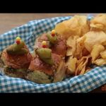 Appetizer Recipes – How to Make Baked Ham and Cheese Party Sandwiches